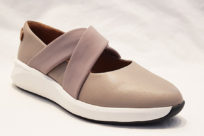 Clarks Un Rio Cross Stone Leather