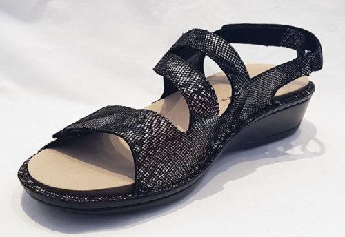Aravon Cambridge 3 Strap Black Snake