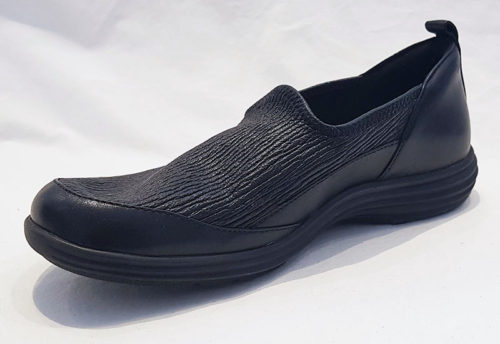 Aravon Quinn Slip On Black
