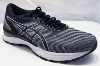 Asics Gel Nimbus 22 Black White