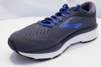 Brooks Dyad 10 Black Ebony Blue