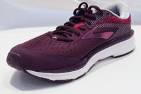 Brooks Dyad 10 Purple Pink Grey