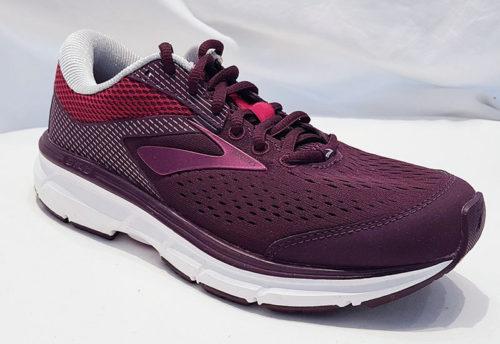 Brooks Dyad 10 Purple Pink Grey