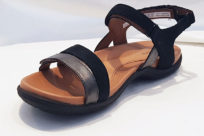 Cobb Hill CH Rubey Instep Strap Sandal Black Multi